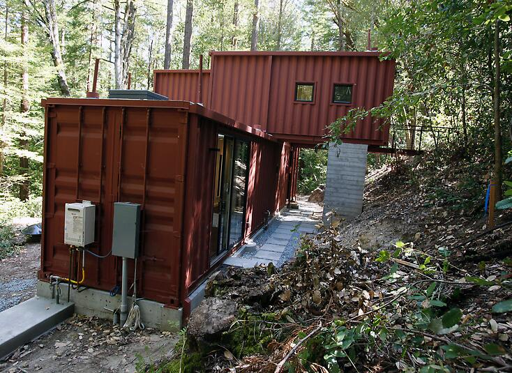 sea container homes in the mountains
